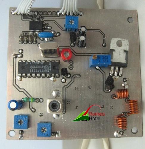 4.5 meter PLL stuurzender met maximaal vermogen van 1 Watt
