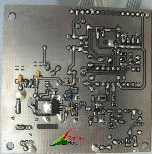 4.5-meter-pll-4.5 meter PLL stuurzender met maximaal vermogen van 1 Watt onderkant
