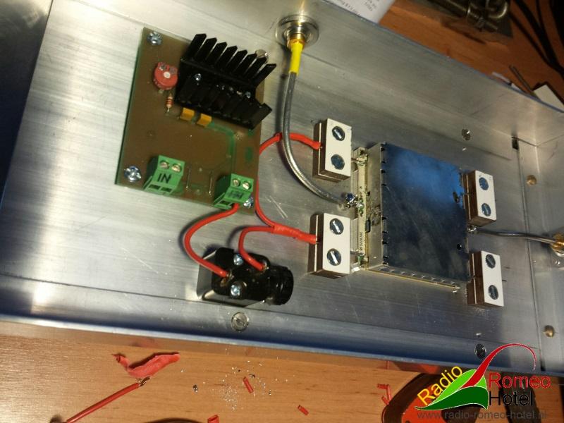 35cm amplifier met 225watt positieve spanning aangesloten
