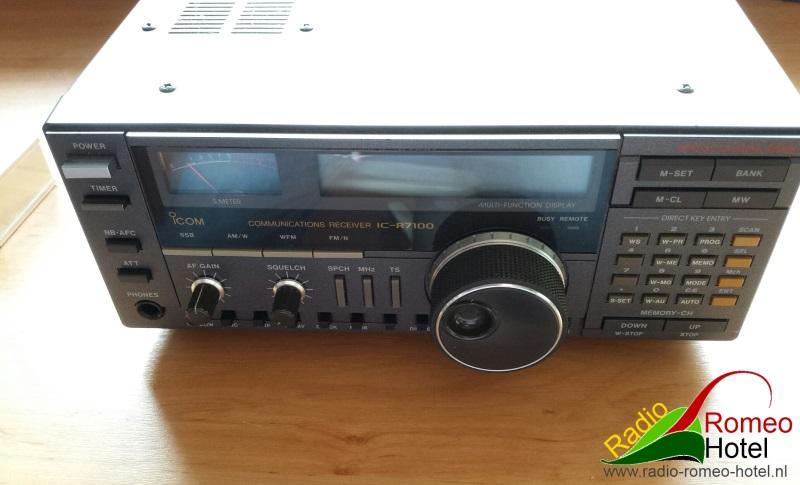 Originele R7100 voorkant
