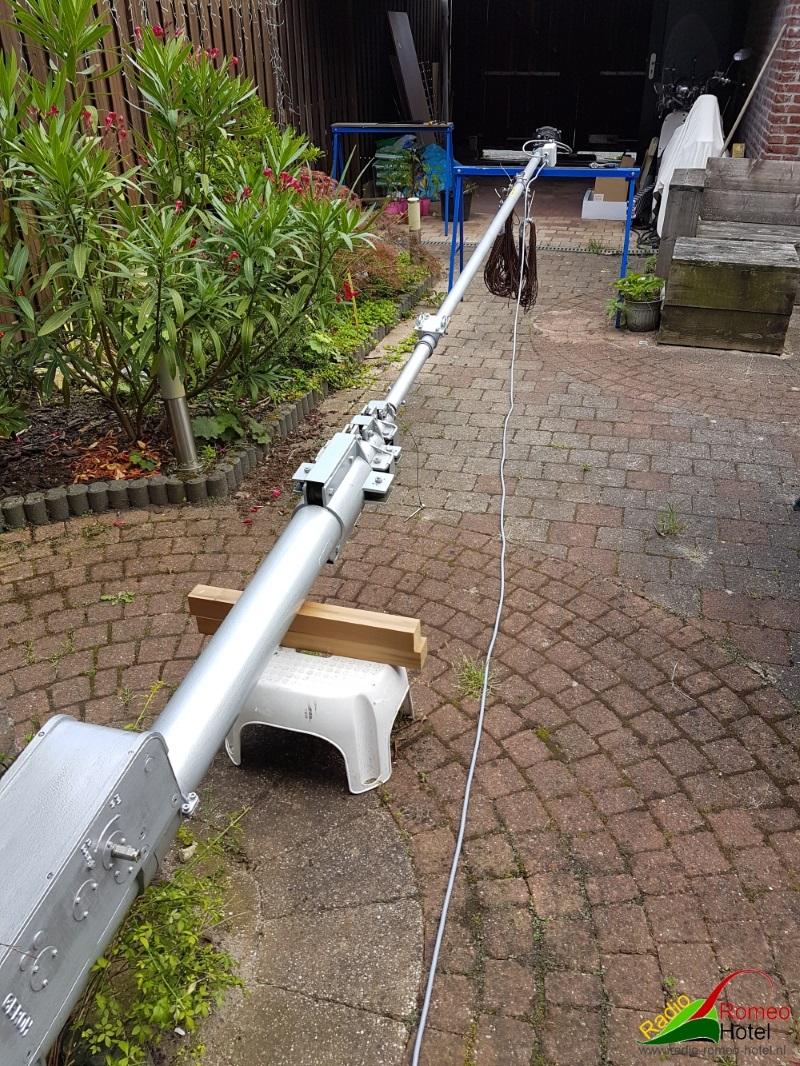 Geroh mast in aanbouw kantelbaar